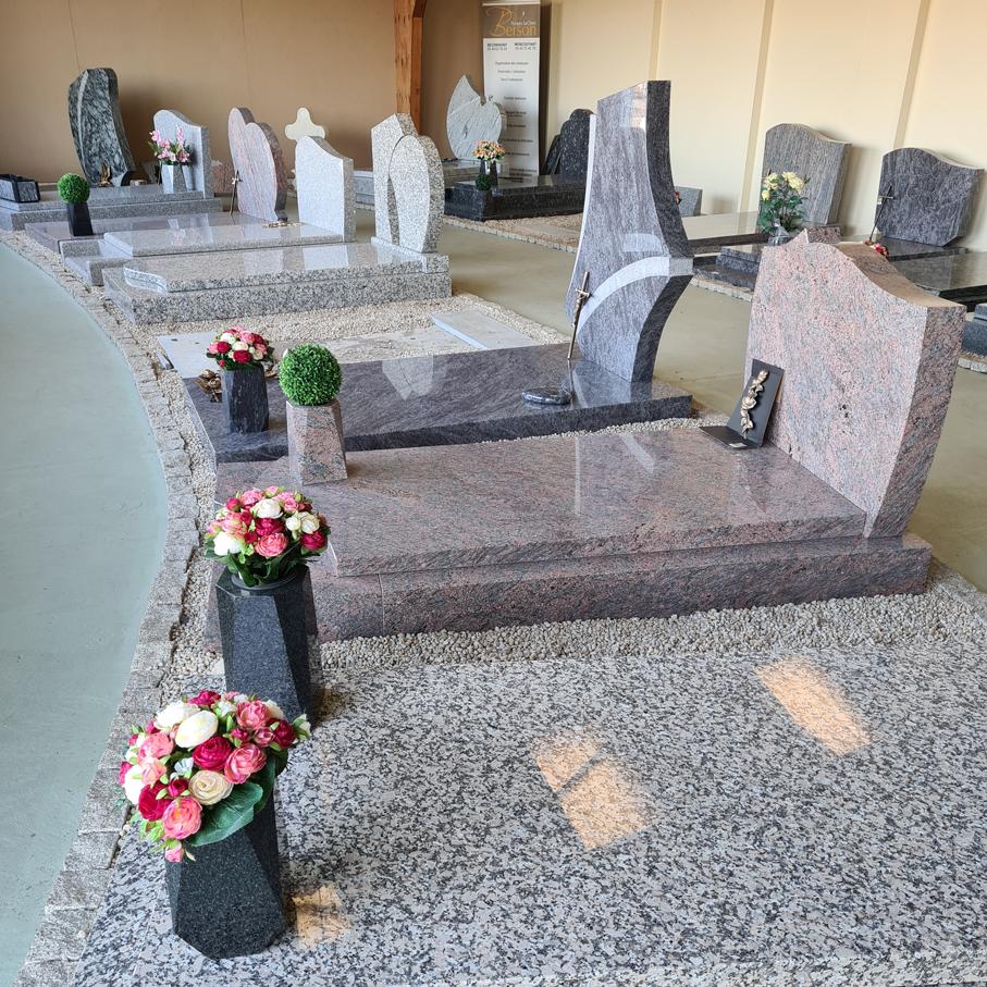 Fabrication et pose de monuments funéraires